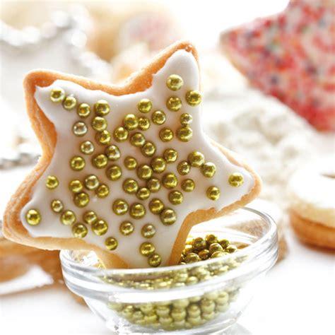 Biscotti Natale Decorati by Biscotti Di Natale Decorati Con La Ghiaccia Reale Leitv