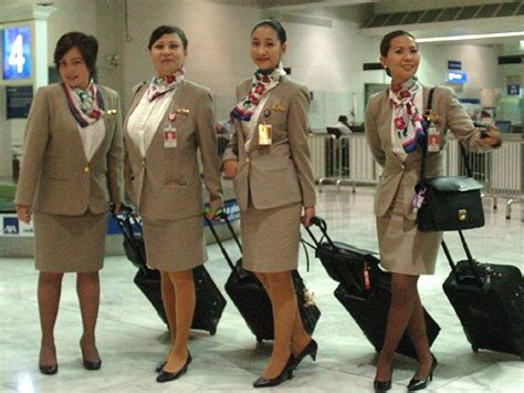 Cathay Pacific Cabin Crew Hiring Philippines by 168 Best Images About Stewardesses Flight Attendants On