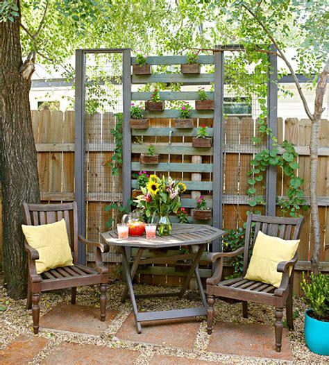 Vertical Gardens Better Homes And Gardens 9 Diy Vertical Gardens For Better Herbs
