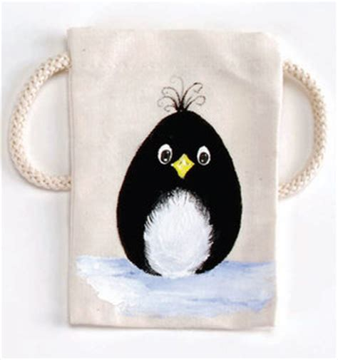cute handpainted pattern cute hand painted penguin bag allfreeholidaycrafts com