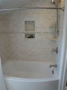 bathroom tub tile ideas 25 best ideas about bathtub tile surround on
