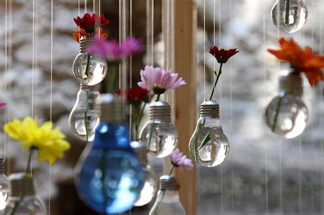 Air Plant Vases 19 Awesome Diy Ideas For Recycling Old Light Bulbs