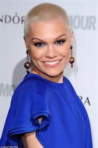 Making it WIG in America! Jessie J shows off longer locks