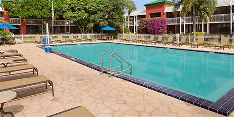 naples fl hotel deals on gulf coast vacation packages ramada naples