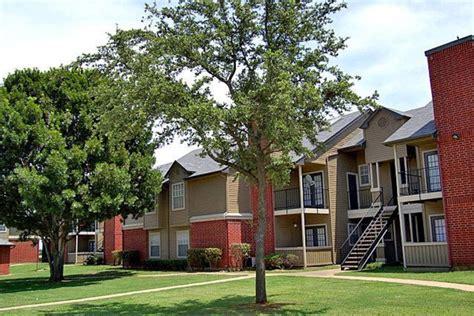 Apartments Cedars Dallas Cedar Glen Apartments Dallas Tx Walk Score