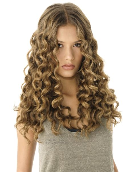 hairstyles corkscrew curls how to make corkscrew curls for long hair