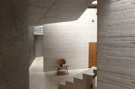 beton innenwand maison l in yvelines bei wohnt 252 rme aus hellem