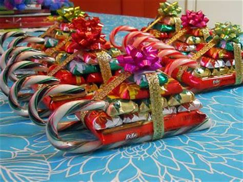 cheap ideas to make for xmas large group gifts easy to do for large groups and they re random ideas