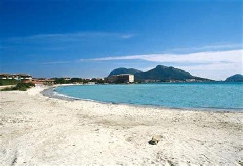 il gabbiano cing terza spiaggia 224 golfo aranci en sardaigne sardegna bosa