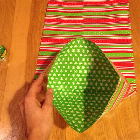 How To Make A Bag With Wrapping Paper - how to make a gift bag out of wrapping paper happy