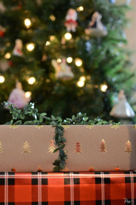 ba hum bug trees wrapping gifts see our tips to make it beautiful meaningful hey fitzy