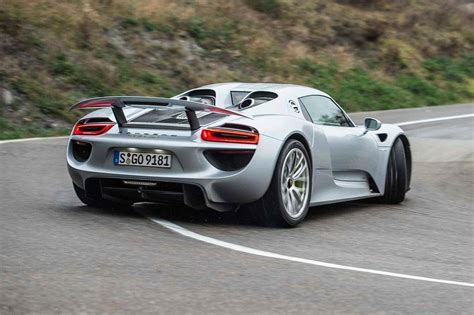 drift porsche silver porsche 918 spyder drifting on the road sssupersports