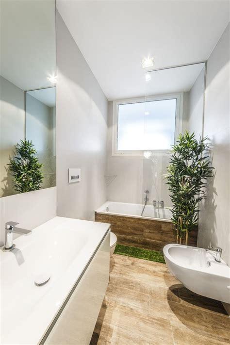 Bien Revetement Murs Salle De Bain #1: salle-bain-carrelage-sol-imitation-bois-murs-peinture-blanche.jpg