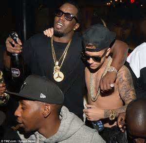 Faces And Vases Kylie Jenner Parties With Lil Za In Justin Bieber S Party