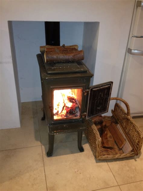 cooktop wood stove jotul f602 wood burning stove makes winter bearable