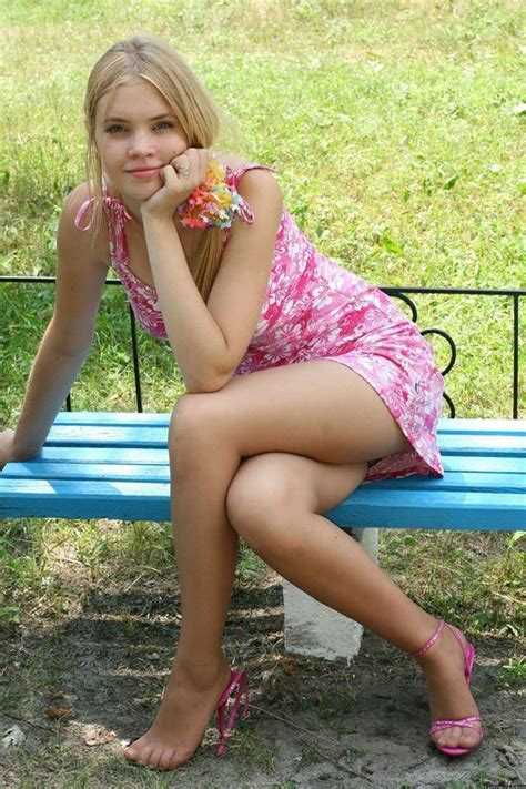 Pin By Nathalie Fulde On Shiny Pantyhose Girls Pinterest Teen Pretty Girls And Legs
