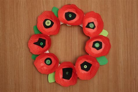 remembrance day crafts for remembrance day poppy crafts for children babycentre