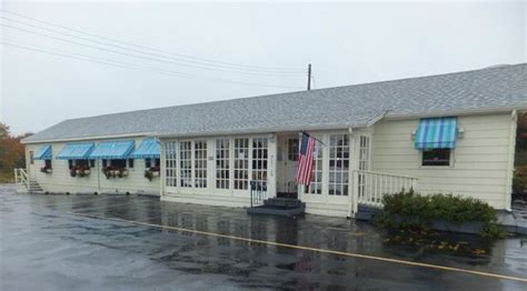 spurwink country kitchen front view on a rainy fall day picture of spurwink