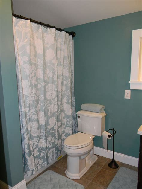 Mobile Home Bathroom Showers Giving The Throne The Royal Treatment Mobile Home Bathroom Remodel My Mobile Home Makeover