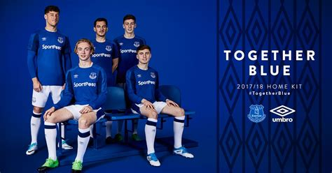everton quiz book 2017 18 edition books everton new home kit revealed relive all the reaction