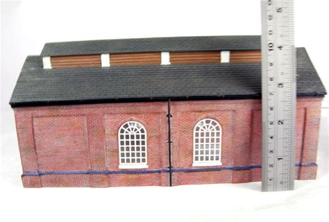 Bachmann 4 Road Engine Shed by Hattons Co Uk Bachmann Branchline 44 007 Brick