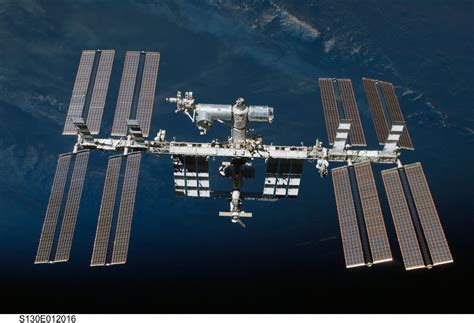 nasa kills live feed from international space station when