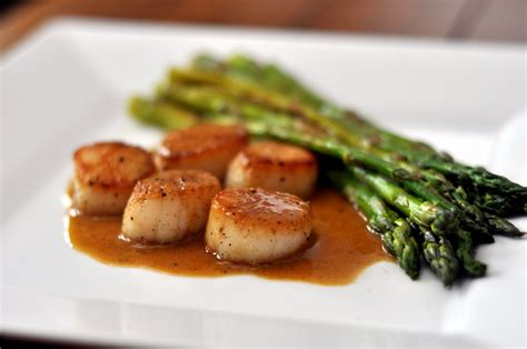 the beer cook seared scallops and asparagus with a saison pan sauce