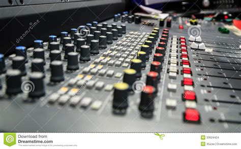 Mixer Untuk Studio Radio radio mixer panel stock images image 33624424