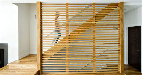 Diy Room Divider by Exploring Pattern Designs That Make Staircase Screens