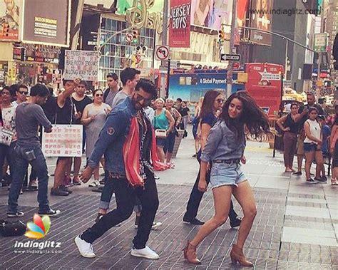film india new york shraddha arjun kapoor do desi dance in ny half