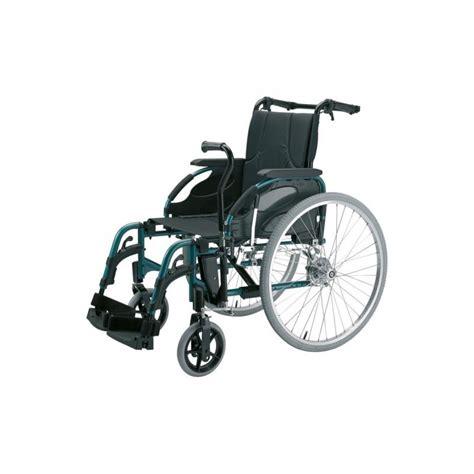 sedia a rotelle leggera carrozzina sedia rotelle ad autospinta leggera pieghevole