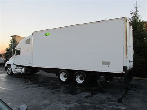 Box Truck With Sleeper by 2002 Freightliner Ebay
