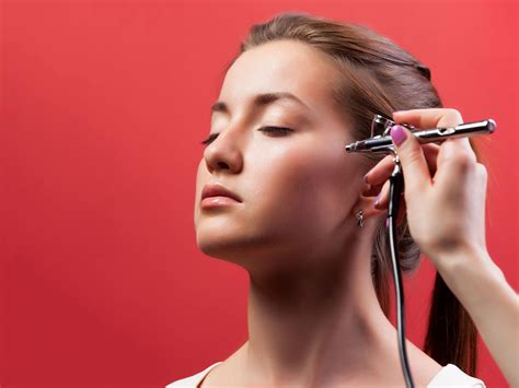 Airbrush Make Up pros and cons of airbrush makeup for weddings