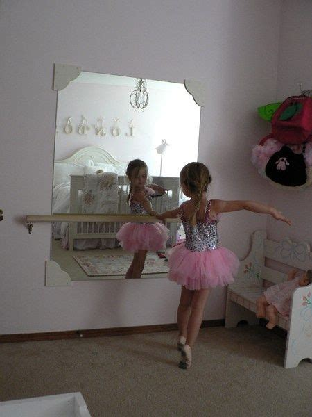 dancing in my bedroom 1000 ideas about little girls playroom on pinterest