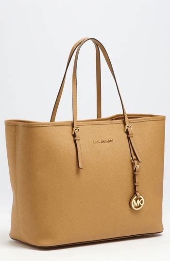 Sale Mk michael kors bags on sale in uk 50 all michael kors collections are on sale with