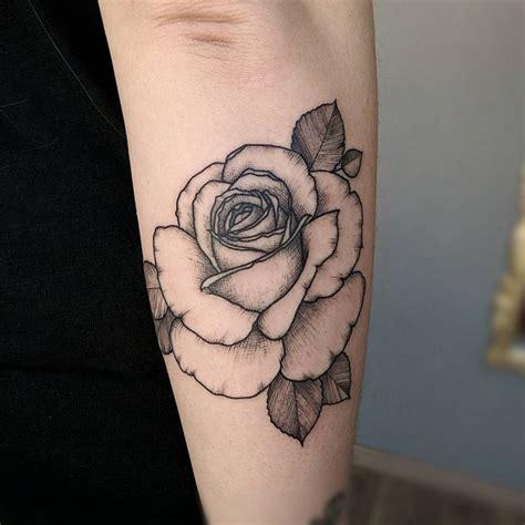 tato keren buat wanita 35 tato bunga hitam buat wanita bergambar tato