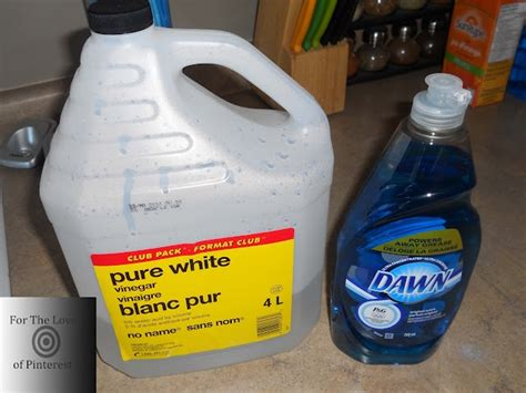 bathtub cleaning solution homemade bathtub cleaning solution it works showers and bathtubs sinks too