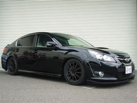 subaru legacy black rims what do you guys think about this gen legacy i like the