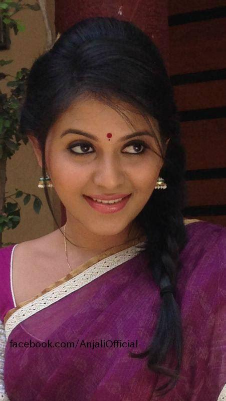 very beautiful heroine photos looking very beautiful in saree photos of actress anjali