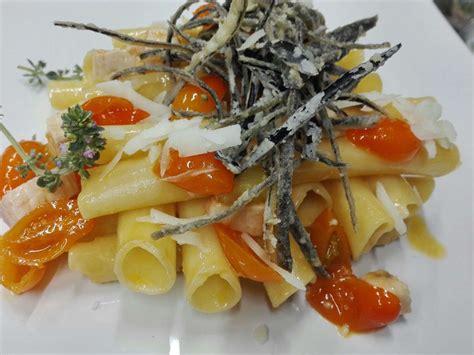 candele napoli candele spezzate con spada pomodorino giallo vesuvio