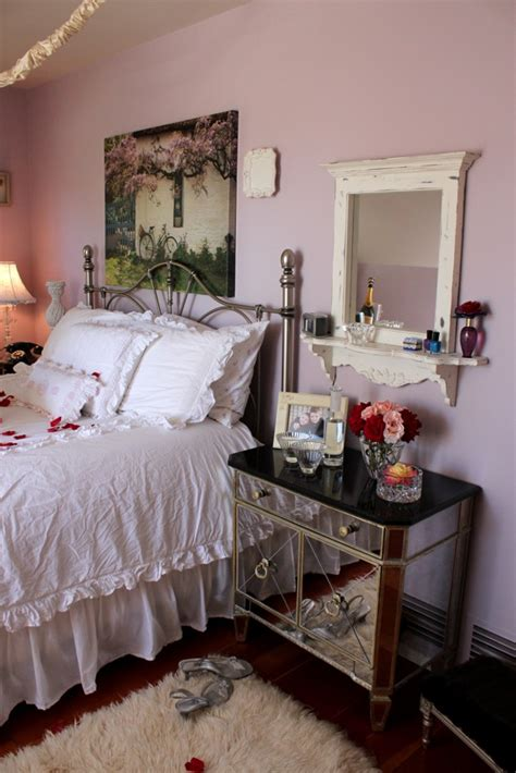 this homeowner went all out with romantic shabby chic style