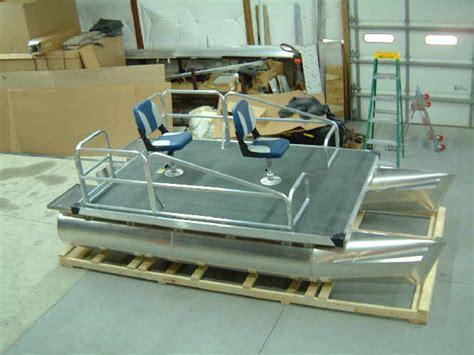 aluminum boat floor plans aluminum pontoon boats nomad pinterest pontoon
