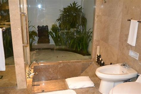 how to to go to bathroom outside 28 images outside bathroom ideas universalcouncil info