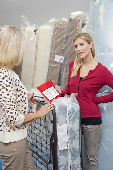 Shopping For A Mattress Tips by Tips And Benefits Of Choosing Sized Mattress