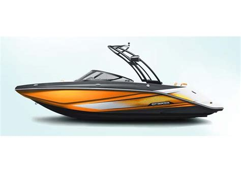 scarab jet boats top speed scarab 215 ho jet boats new in round lake il 60073 us