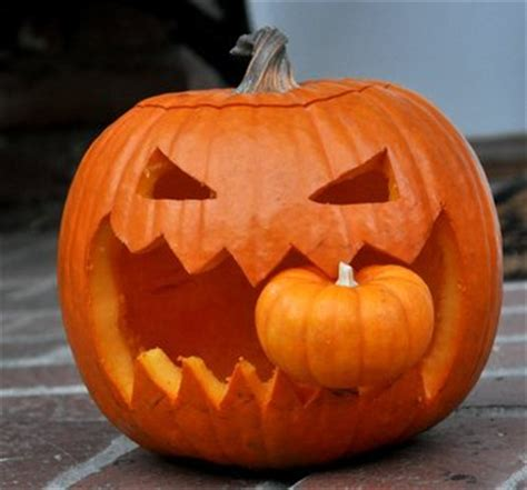 pumpkin another pumpkin 10 scary decorations that you can diy