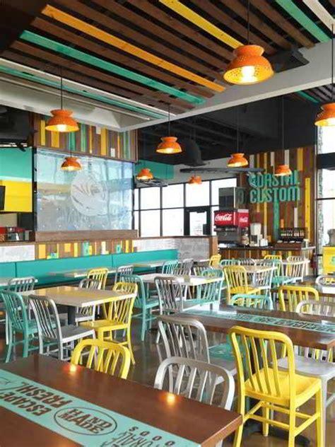 desain lu gantung cafe ツ 30 konsep desain interior cafe minimalis outdoor