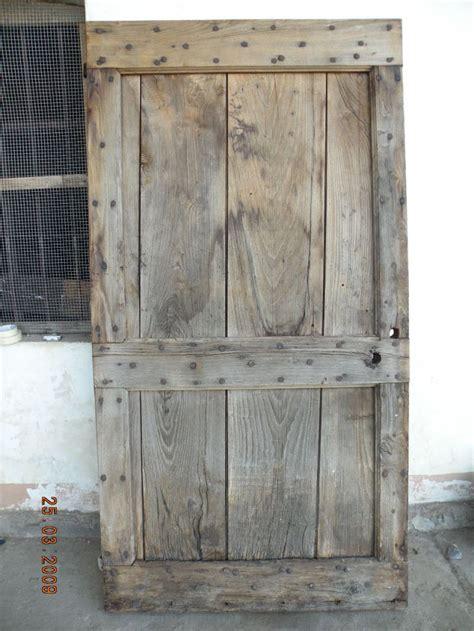 porte legno grezzo porte in legno grezzo idee di design nella vostra casa