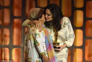 agnes varda dancing angelina jolie embraces agn 232 s varda at governors awards