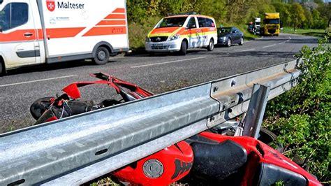 Unfall Motorrad 236 by 23 Jahre Alter Motorradfahrer Bei Wollmar Schwer Verletzt